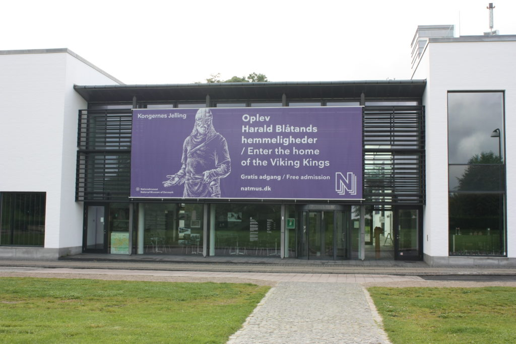 """Geschichts- und Erlebniszentrum """"Kongernes Jelling="""