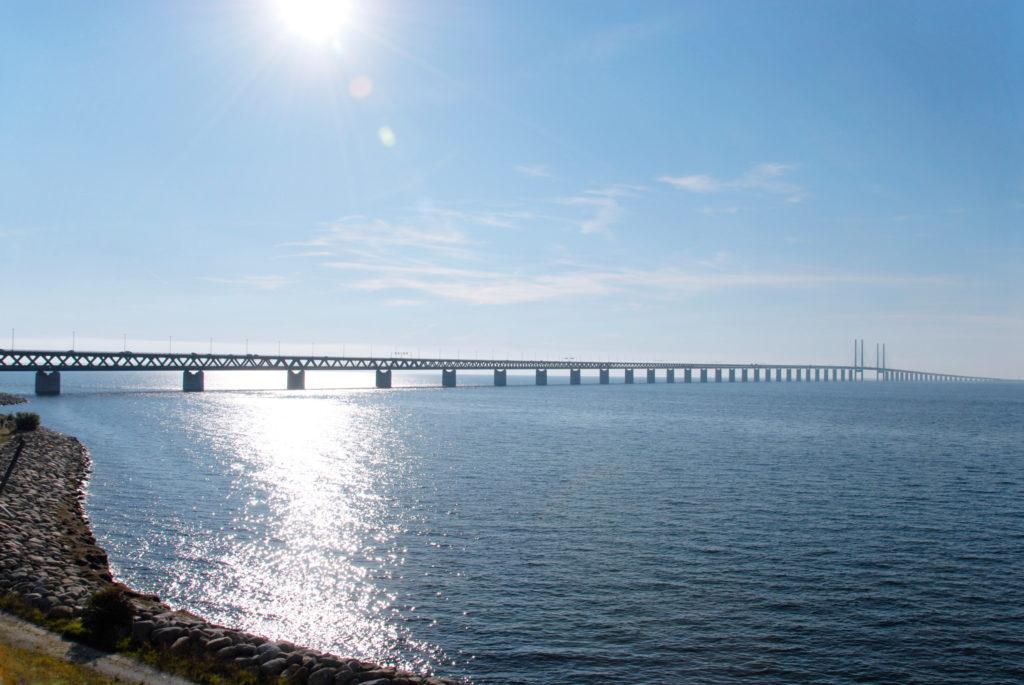 Die Öresundbrücke bei Sonnenwetter