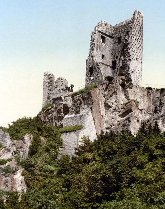 Der Drachenfels -märchenhafter Ort am Rhein
