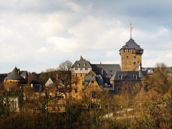 Schloss Burg –  die Residenz der Grafen von Berg