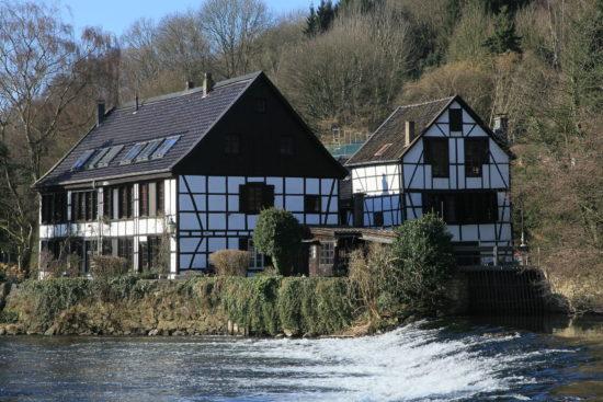Die Solinger Kotten: Historische Schleifereien an der Wupper