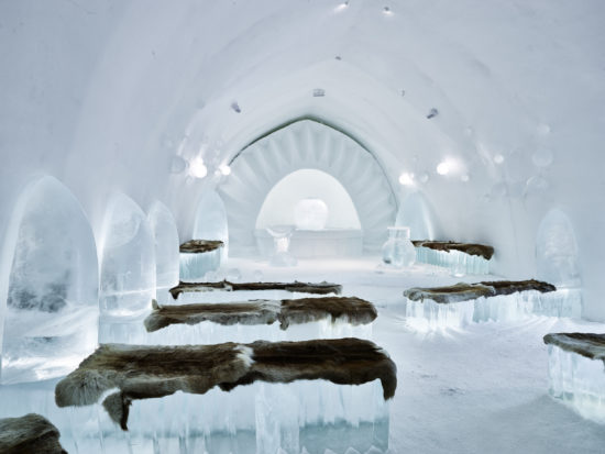 Jukkasjärvi – Eisige Kunst trifft samische Kultur