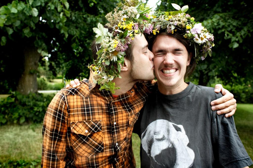 Küsse zum Mittsommerfest in Schweden
