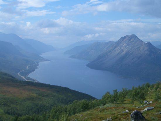 Alta in Norwegen: Uralte Felsritzungen und kühle Fjorde